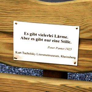 JEZT - Lichtstadt.News - Gedenktafel ander Tucholsky-Bank in Jena