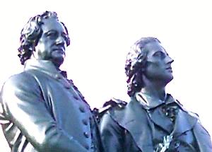JEZT - Das Goethe und Schiller Denkmal in Weimar - Detail