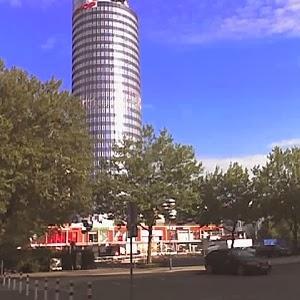 JEZT - Der Eichplatz in Jena mit dem JenTower