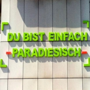 JEZT - HUDY Schriftzug - Du bist einfach paradiesisch - Schillerpassage Jena