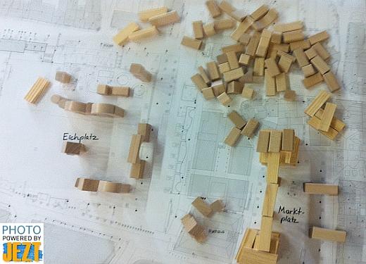 JEZT - Ideenwerkstatt Eichplatz - Kreativitaet ist gefragt beim Erstellen eines eigenen Eichplatz Modells