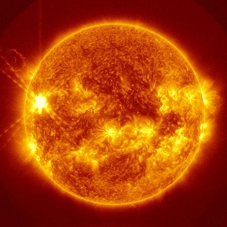 JEZT - Solar Fire - 2014-07-08 - NASA - SDO Sattelite - Bildbearbeitung InterJena.com