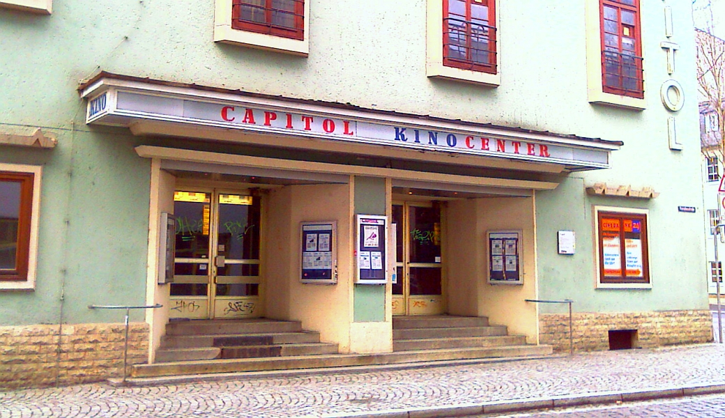 JEZT - Das Capitol Kinocenter in Jena im Jahre 2000 - Foto © MediaPool Jena