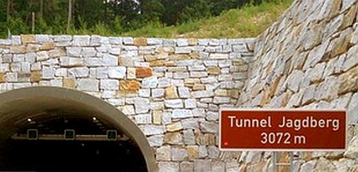 JEZT - Das Ost-Portal des Tunnel Jagdberg bei Bucha und Schorba - Foto © MediaPool Jena