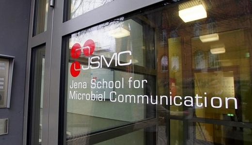 JEZT - Nachwuchsgruppe Synthetische Mikrobiologie an der Jena School for Microbial Communication -  Foto © FSU Jena JP Kasper