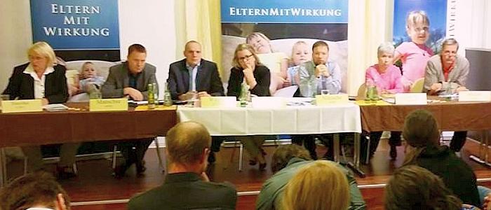 JEZT - Podiumsgespraech der Thueringer Landeselternvertretung zum Thema Kita im August 2014