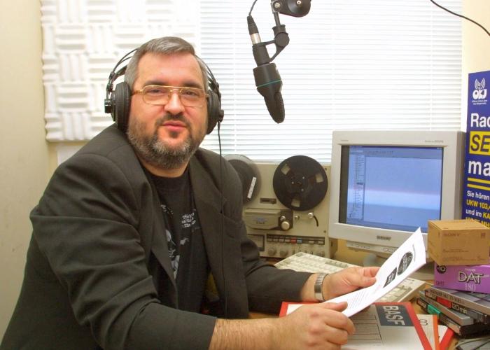 JEZT - Rainer Sauer im Studio von Radio Jena - 17 Tage Europa