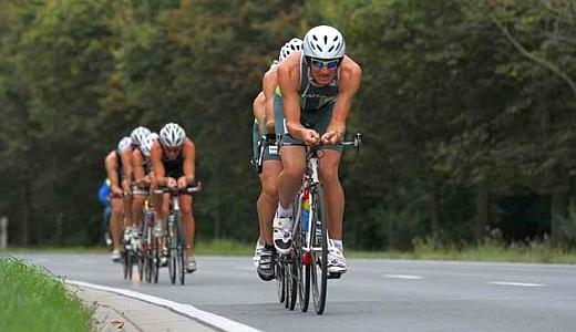 JEZT - Teilnehmer des Jenaer Sparkassentriathlon am Schleichersee - Foto © Triathlon Jena eV