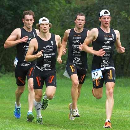 JEZT - Teilnehmer des Jenaer Sparkassentriathlons - Foto © Triathlon Jena eV