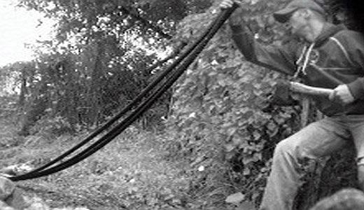JEZT - Eine Überwachungskamera nimmt einen Metalldieb auf - Foto © MediaPool Jena
