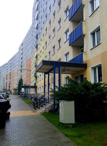 JEZT - Plattenbau in der Bonhoefferstrasse in Jena in dem die neunjaehrige Leila misshandelt wurde - Foto © MediaPool Jena