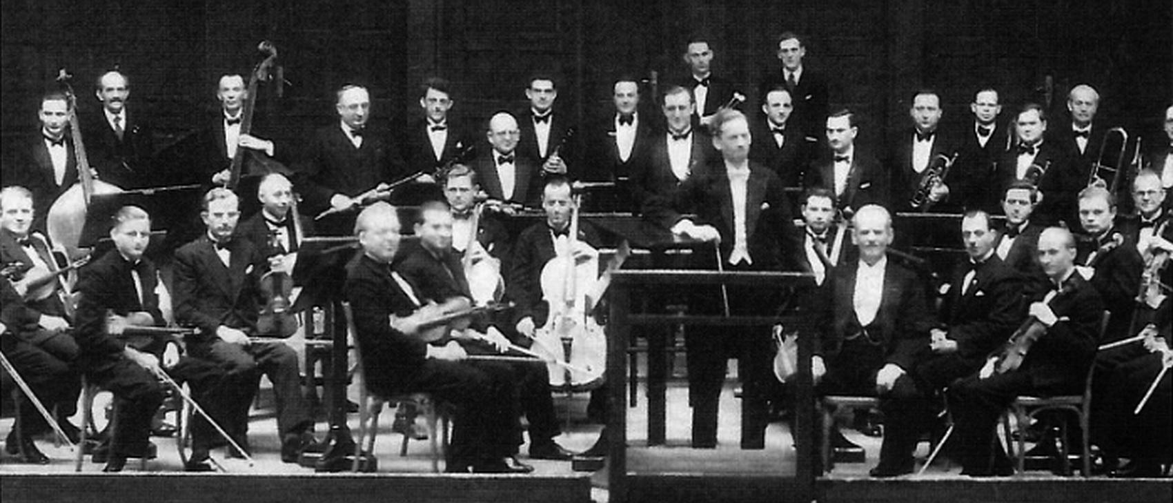 JEZT - Das Jenaer Philharmonische Orchester kurz nach seiner Gründung 1934 - Foto © Archiv der Philharmonie jena