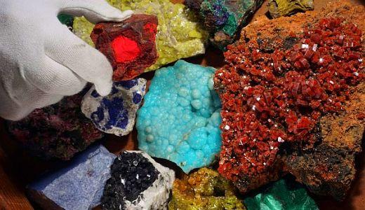 JEZT - Die kunterbunte Welt der Minerale - Foto © FSU Jena Kreher