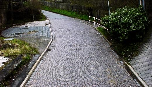 JEZT - Foto 2 zur Befahrung der Strasse Pennickental im Jahre 2008 - Abbildung © Stadt Jena KSJ