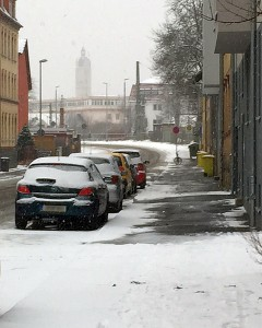 JEZT - Schneeraeumen auf dem Gehweg - Symbolbild © MediaPool Jena