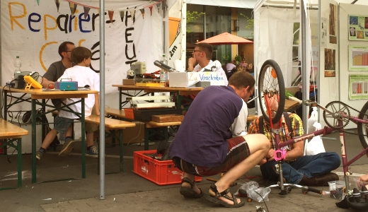 JEZT - Umwelttag 2015 - Reparier-Cafe - Foto © MediaPool Jena