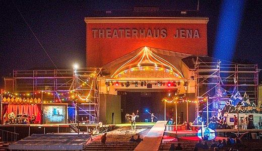 JEZT - Buehneaufbau von Kasimir und Karoline - Foto © Theaterhaus Jena Dette