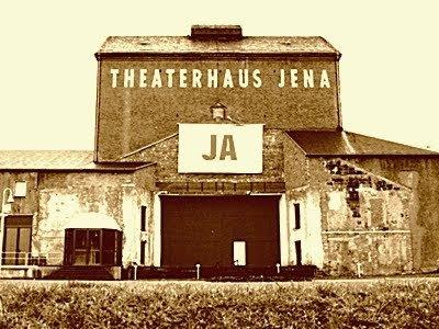 JEZT - Das Theaterhaus Jena im Jahre 1991 - Foto © MediaPool Jena