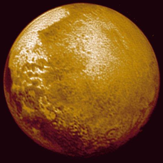 JEZT - Foto des Pluto 2015-07-13 - Foto © NASA Mission New Horizon JHUAPL SWRI - Bildbearbeitung © InterJena