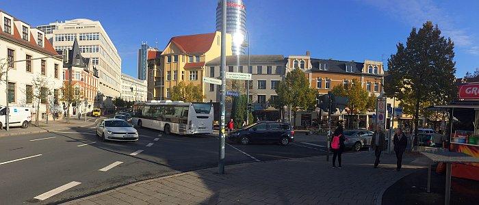 JEZT - Engelplatz mit Jentower im Hintergrund - Foto © MediaPool Jena