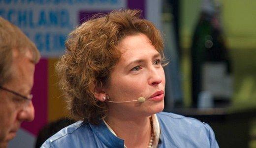 Nicola Beer ist seit Dezember 2013 Generalsekretaerin der FDP - Foto © Freie Demokraten