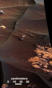 JEZT - Die schwarzen Dünen - Detailfoto 1 © NASA Team Curiosity - Bildbearbeitung © InterJena