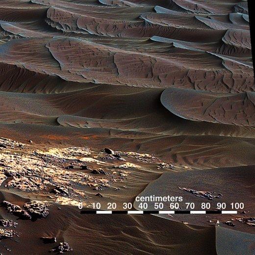 JEZT - Die schwarzen Dünen - Detailfoto 2 © NASA Team Curiosity - Bildbearbeitung © InterJena