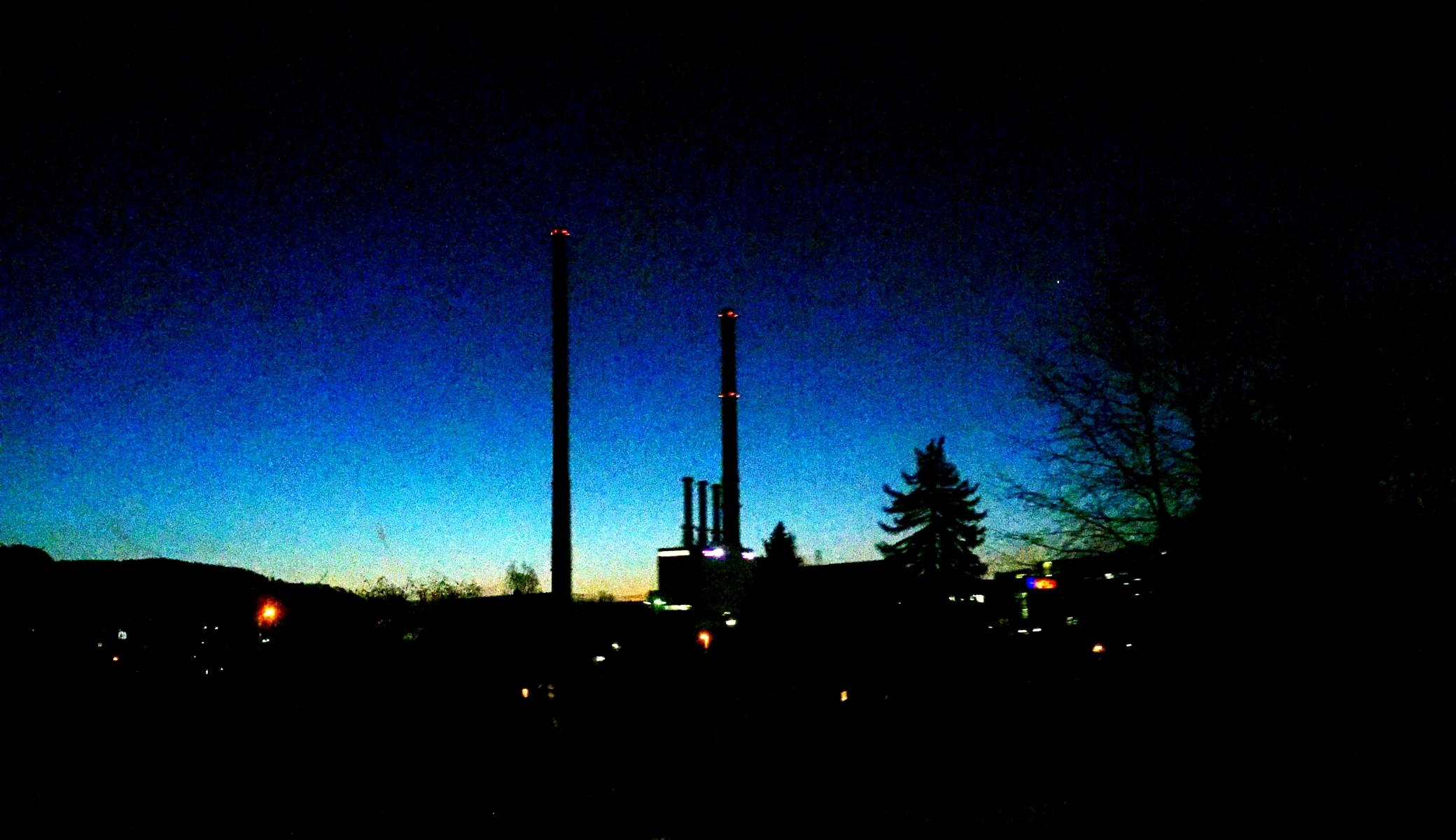 JEZT - Sonnenaufgang am Kraftwerk in Burgau - XXLFoto © MediaPool Jena