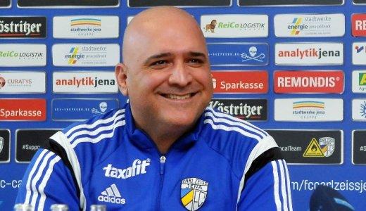JEZT - Volkan Uluc bleibt bis zum Juli 2017 Cheftrainer beim FC Carl Zeiss Jena - Foto © FCC