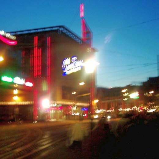 JEZT - Jenas Innenstadt mit Blick auf die Holzmarktpassage - Foto © MediaPool Jena 2002