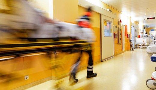 JEZT - UKJ-Studie zeigt Notfallmediziner am Jenaer Uniklinikum behandeln mehr als 600 alkoholisierte Patienten jährlich. - Foto © UKJ Schroll