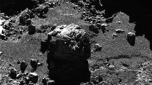jezt-ganz-nah-dram-am-kometen-67-p-foto-esa-team-rosetta