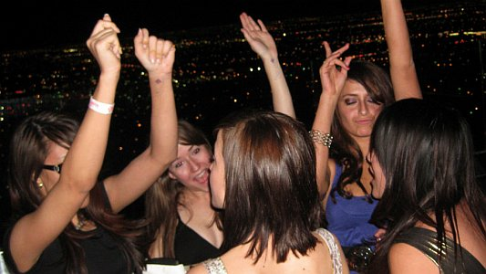 partyspass-auf-dem-jenatower-foto-romana-streng-www-photomana-de