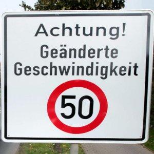Neues Tempo 50 Schild - Abbildung © MediaPool Jena