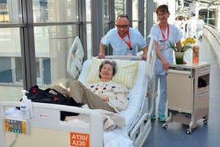 96 Patienten der Kliniken für Innere Medizin sind an dem Samstag umgezogen - Foto © Universitätsklinikum Jena Schacke Szabo