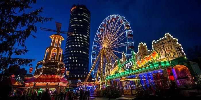 Mehr als 200 jahre tradition in der lichtstadt am for Weihnachtsbaumverkauf hamburg