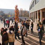Schülerinnen und Schüler auf einem Jenaer Schulhof. - Symbolfoto © Stadt Jena Jens Hauspurg