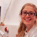 Birgitta Bernhardt und ihrem Team ist es erstmals gelungen, zwei verschiedene Pump-Probe-Spektroskopietechniken zu kombinieren und so ultraschnelle Ionisierungsprozesse in zuvor nicht möglicher Genauigkeit sichtbar zu machen. - Foto © privat