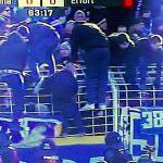 FCC Fans gelangen ins Inneneld des Jenaer STatdions- Bildrechte MDR