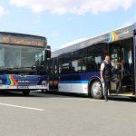 Zwei neue MAN-Busse im JeNah-Linienverkehr sind energieeffizienter und sicherer - Bildquelle: JeNah