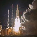 Start der Ariane-5-Trägerrakete mit der Sonde BepiColombo. - Foto © ESA