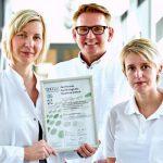 Zertifizierte Experten in Sachen Dysplasie (v.l.): Dr. Stefanie Schütze, Univ.-Prof. Dr. Ingo Runnebaum und Stefanie Krüger-Rehberg. - Foto © UKJ Szabó