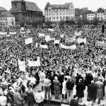 """""""30 Jahre friedliche Revolution"""": Am 3. November gibt es in der Stadtkirche einen Festgottesdienst und Festakt"""